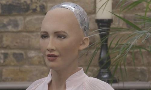 Robot Sophia. Ảnh: BBC.