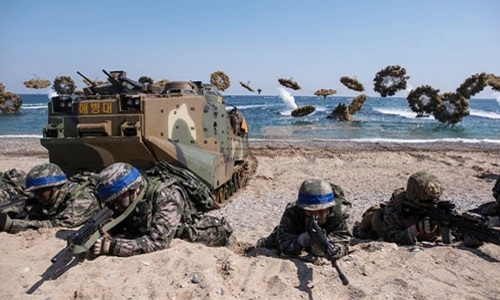 Một cuộc tập trận quân sự chung Mỹ - Hàn. Ảnh: AFP.