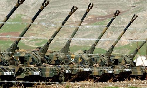 Lực lượng pháo binh Thổ Nhĩ Kỳ. Ảnh;AP.