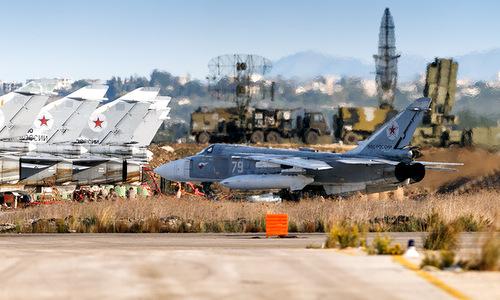 Máy bay Nga hoạt động tại căn cứ Hmeymim. Ảnh: Sputnik.