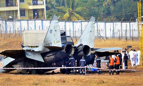Chiếc MiG-29K sau khi được dập lửa. Ảnh: Times of India.