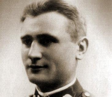 Đại úy Władysław Raginis. Ảnh: Wikipedia.