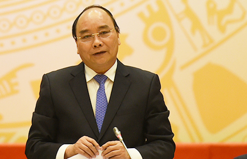Thủ tướng Nguyễn Xuân Phúc yêu cầu rà soát toàn bộ đất quốc phòng và xử lý nghiêm nếu phát hiện sai phạm. Ảnh: VGP