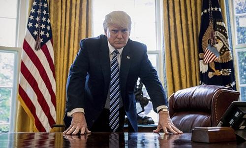 Tổng thống Mỹ Donald Trump tại Phòng Bầu dục, Nhà Trắng. Ảnh: AP.