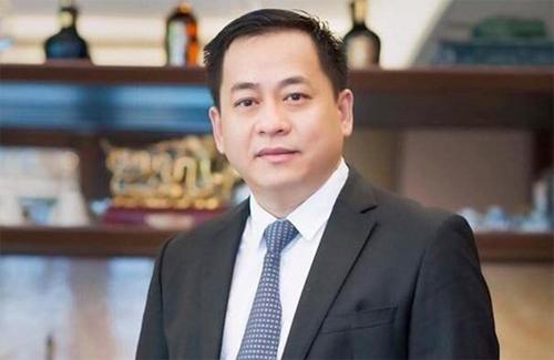 Bị can Phan Văn Anh Vũ bỏ trốn khi bị điều tra tội Cố ý làm lộ tài liệu bí mật nhà nước, theo điều 263 Bộ luật Hình sự 1999.