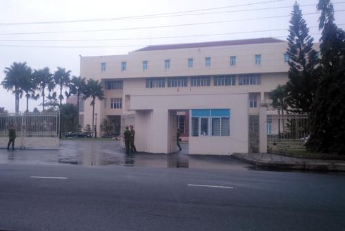 Cuộc họp diễn ra tại Tỉnh ủy Quảng Nam. Ảnh: Đắc Thành.