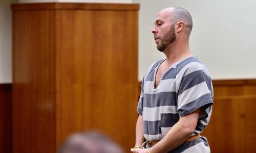 Nghi phạm Dustin Pedersen tại tòa ngày 3/1. Ảnh: journal-news.