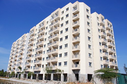 Khu chung cư Aranya vẫn chưa hoàn thành các hạng mục cơ bản. Ảnh: Võ Thạnh.
