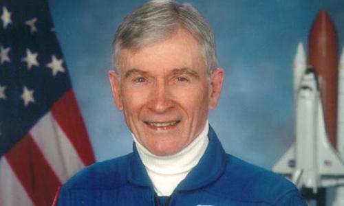 Cựu phi hành gia tài năng của NASA,John Young. Ảnh: Guardian.