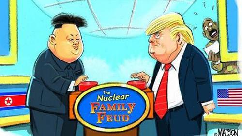 Tranh biếm họa về vụ tranh cãi nút bấm hạt nhân của ai to hơngiữa/Tổng thống MỹTrump (phải) và lãnh đạo Triều Tiên Kim Jong-un. Ảnh: USA Today.