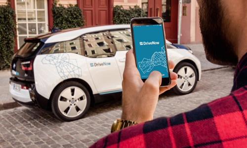 Người dân ở Stockholm có thể thuê xe qua ứng dụng Drivenow. Ảnh: Cleantechnica.