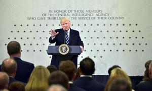 Những lần Tổng thống Trump tự khen bản thân thông minh