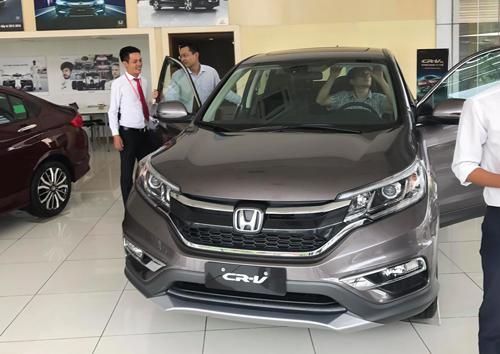 Thị trường ôtô Việt lao đao trong 2017