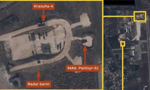 Tổ hợp Krasukha-4 và Pantsir-S1 bố trí tại căn cứ Hmeymim. Ảnh: Airbus.
