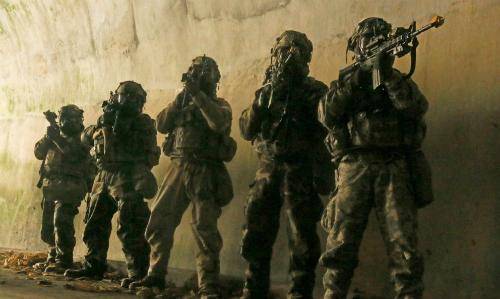 Mỹ luyện quân đối phó với hầm ngầm đẳng cấp thế giới của Triều Tiên