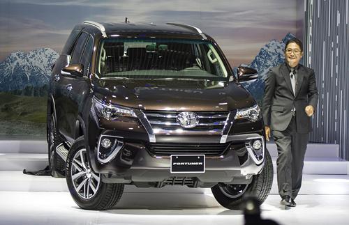 Ông Yoshihisa Maruta hết nhiệm kỳ cuối 2016, ông Toru Kinoshita (trong ảnh) thay thế làm Tổng giám đốc Toyota Việt Nam và ra mắt chiếc Fortuner nhập khẩu đầu 2017. Ảnh: AD.