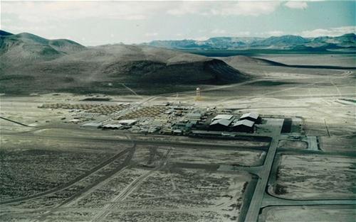Khu vực 51 nhìn từ trên cao. Ảnh:Nevada Aerospace Hall of Fame