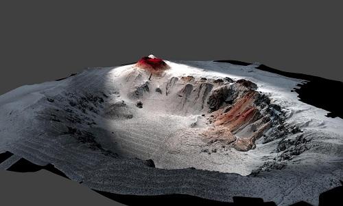 Bản đồ đáy biển xung quanh núi lửa Havre, dung nham từ vụ phun trào năm 2012 được thể hiện bằng màu đỏ. Ảnh: Newsweek.