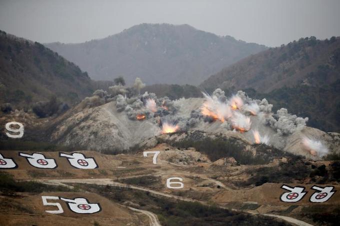 Khu phi quân sự liên Triều với 10.000 vũ khí hạng nặng
