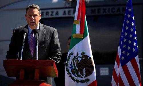 Đại sứ Mỹ tại Panama Feeley. Ảnh: Reuters.