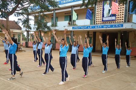 Giáo dục thể chất là môn học bắt buộc từ lớp 1 đến 12