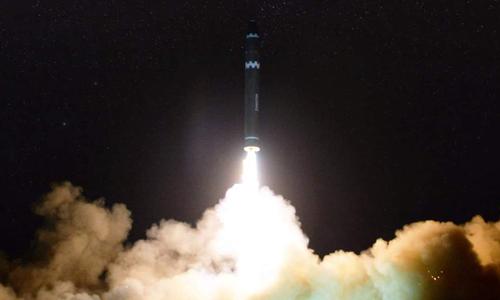 9 máy bay gần nơi tên lửa đạn đạo Triều Tiên rơi vào tháng 11/2017
