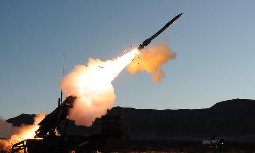 Tên lửa phòng không của Arab Saudi khai hỏa. Ảnh: Raytheon.