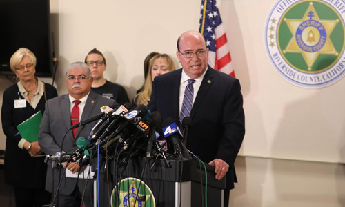 Cảnh sát trưởng Greg Fellows trong cuộc họp báo ngày 16/1. Ảnh: Reuters.