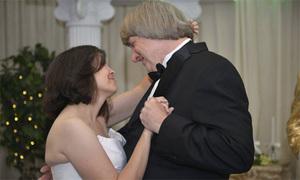 Vợ chồng Mỹ xiềng xích 13 con từng nhiều lần làm lễ cưới lại ở Las Vegas