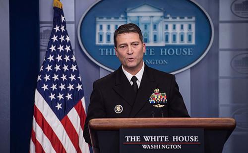 Bác sĩ Ronny Jackson. Ảnh: AFP