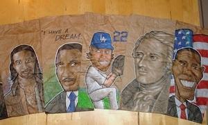Ông bố Mỹ vẽ lên túi cơm trưa của con mỗi ngày