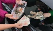 Tại sao BOT Cai Lậy không đến ngân hàng đổi tiền 100 đồng trả tài xế?