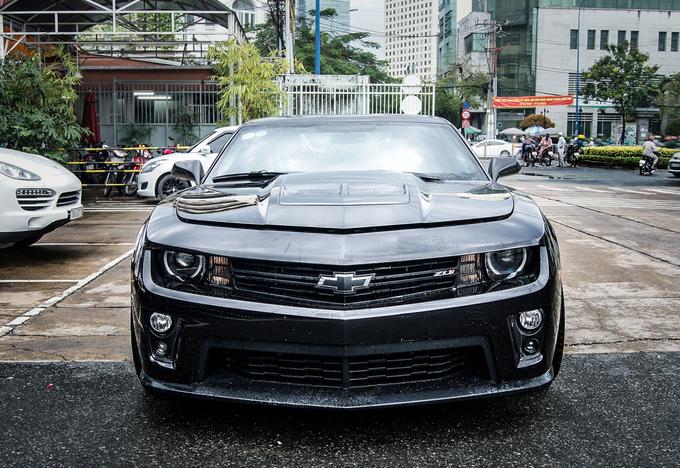 Chevrolet Camaro độ mạnh như siêu xe ở Sài Gòn