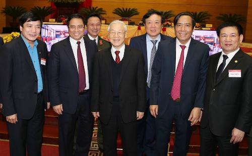 Tổng bí thư Nguyễn Phú Trọng và các đại bỉểu dự Hội nghị. Ảnh: TTX
