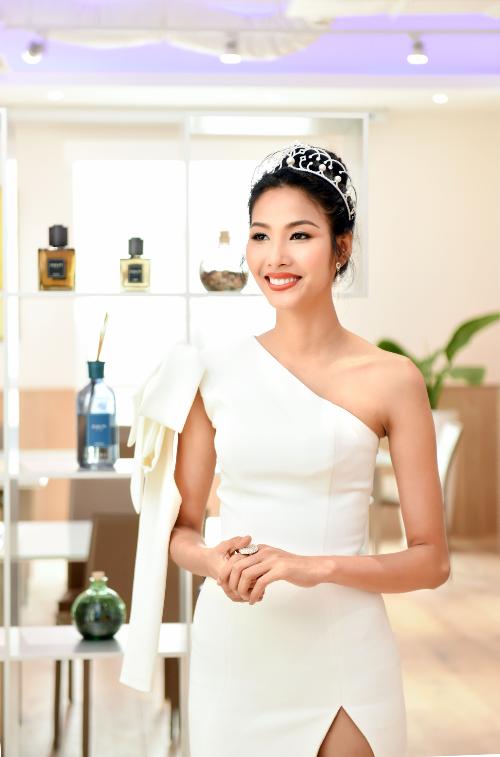 Hoa hậu H Hen Niê và hai á hậu lên kế hoạch học tiếng Anh - 3