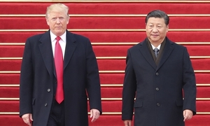 Chính sách vừa đấm vừa xoa lẫn lộn của Trump với Trung Quốc