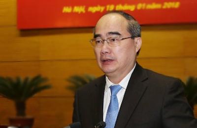 Ông Nguyễn Thiện Nhân, Bí thư Thành uỷ TP HCMbáo cáo tại Hội nghị. Ảnh: TTX