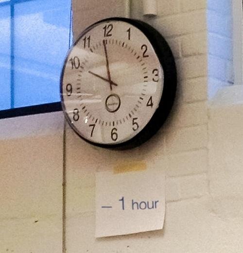 Cách sửa đồng hồ của người lười.