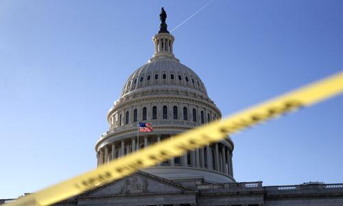 Chính phủ Mỹ bị đóng cửa sau khi quốc hội không thông qua được dự luật ngân sách liên bang. Ảnh: SunTimes.