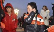'Cậu bé tóc băng' cùng bố và chị được tài trợ tham quan Bắc Kinh