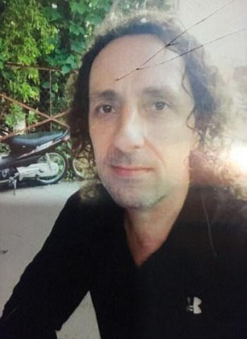 Nghi phạmGary Iredale, 52 tuổi, đến từthành phốBlackpool, Anh, đã chạy trốn sau vụ tấn công. Ảnh: Mirror.