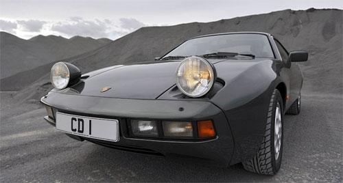Porsche 928 (1977-1995) là một trong những đại diện của thiết kế đèn pha đặc biệt.