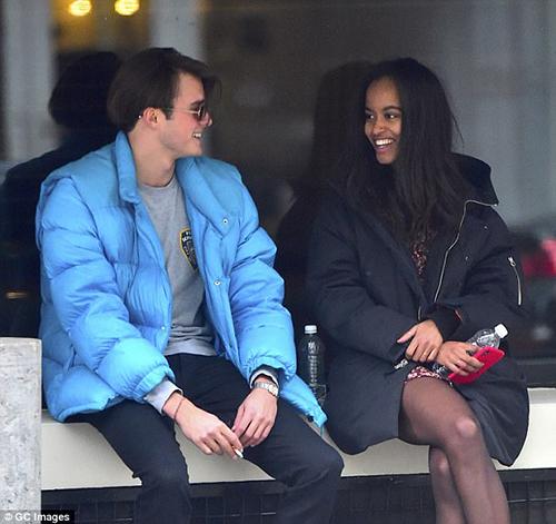 Malia và Rory hẹn hò ở quận Soho, thành phố New York chiều 20/1.