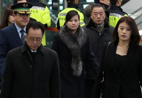 Hyon Song-wol, trưởng ban nhạc nữ nổi tiếng Moranbong. Ảnh: Reuters.