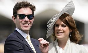 Công chúa Anh đính hôn với quản lý câu lạc bộ đêm