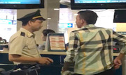 Hành khách xưng tao mày với nhân viên sân bay