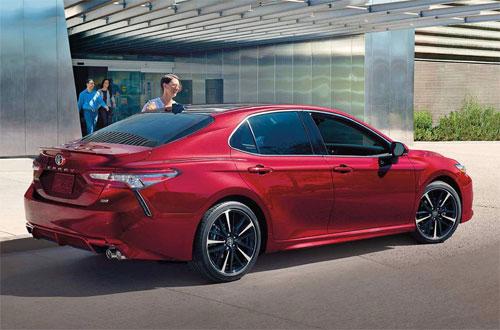 Trong bảng xếp hạng hàng năm của Fortune, Toyota liên tục đứng đầungành công nghiệp xe hơi.