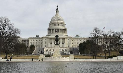 Quốc hội Mỹ thông qua thỏa thuận mở cửa lại chính phủ