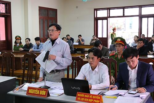 Ông Phan Chí Lộc bị kết án oan sai 10 năm, đòi bồi thường 30 tỷ cho nhiều khoản. Ảnh: Hoàng Táo