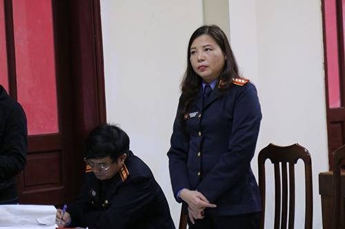Đại diện Viện kiểm sát tỉnh Quảng Trị chỉ đồng ý đồi thường gần 1,7 tỷ đồng.Ảnh:Hoàng Táo